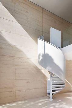 robson-rak-architects-layer-house-23.jpg 1,000×1,500 pixels