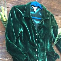 I just added this to my closet on Poshmark: Sundance Size 8 Green Velvet Blouse. Price: $47 Size: 8