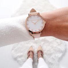 Rose gold watch  |  pinterest: @Blancazh