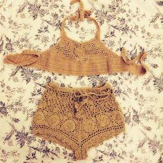 Bikini de la madre de Pandora                                                                                                                                                     Más