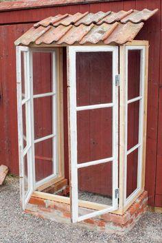 Build small greenhouses from old windows step by step – garden tools … - Modern Indoor Garden, Outdoor Gardens, Garden Projects, Garden Tools, Dream Garden, Home And Garden, Garden Wallpaper, Decor Scandinavian, Garden Drawing