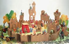 Kinderkram Castle Kingdom Components & Accesories she would love any one part as… – Holzspielzeug – Holzarbeiten. Castle Dollhouse, Toy Castle, Wooden Animal Toys, Wood Toys, Wooden Castle, Waldorf Toys, Waldorf Playroom, Handmade Wooden Toys, Green Toys