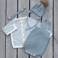 42 Trendy Ideas for baby boy diy stuff for kids Knitted Baby Clothes, Knitted Baby Blankets, Knitting For Kids, Baby Knitting Patterns, Diy Laine, Pull Bebe, Baby Sweaters, Kind Mode, Pulls