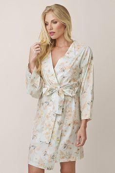 Search results for: 'plum-pretty-sugar-for-bhldn robes knee-length kimono-style-robe-knee-length-anais-ponders-a-poet' Wedding Bridesmaid Flowers, Short Bridesmaid Dresses, Short Dresses, Floral Fashion, Kimono Fashion, Fashion Outfits, Bridesmaid Pyjamas, Bridesmaid Robes, Bridesmaids