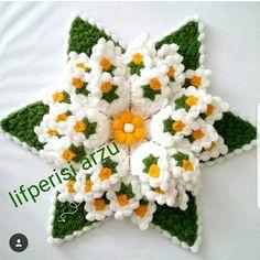 Crochet Potholders, Crochet Tablecloth, Crochet Doilies, Crochet Flowers, Crochet Stitches, Rainbow Crochet, Crochet Mandala, Crochet Art, Crewel Embroidery