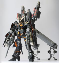 MG 1/100 Unicorn Gundam 02 Banshee   Full Armor   Armed Armor DE - Customized Build