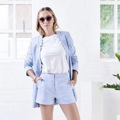 Shorts DICE light blue