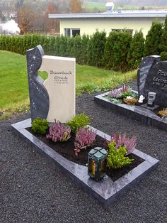 References of our individual graves- Referenzen unserer Einzelgräber References of our individual graves - Unusual Headstones, Cemetery Headstones, Funeral Flower Arrangements, Funeral Flowers, Kwanzaa, Tombstone Designs, Cemetery Decorations, Cemetery Monuments, Funeral Planning