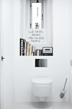 #Clean #White #Bathroom with #Shelving. What a great idea!