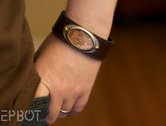 Awesome DIY for this cuff bracelet.... love the flattened penny concept.