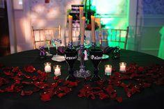 Sari & Thomas' elegantly gothic Halloween wedding | Offbeat Bride