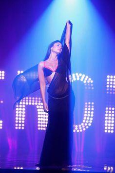 Kareena Kapoor in the song 'Main Heroine Hoon'
