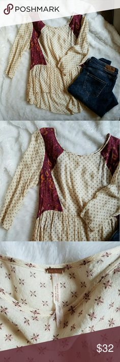 [ f r e e . p e o p l e . p e p l u m ] Adorable Super soft free people peplum top in great condition !! Free People Tops Tunics