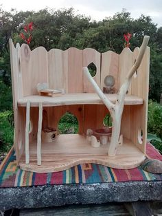 Beautiful handcrafter taking care of each detail, the doll house is made from Ayacauite wood and reclaimed wood. Ronded edges and finished with our home