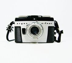 feed my vintage camera collection Old Cameras, Cameras For Sale, Vintage Cameras, Photography Tools, Photography Equipment, Art Of Glass, Strike A Pose, Casio Watch, Digital Camera
