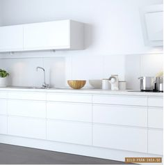 all white kitchen barefootstyling.com