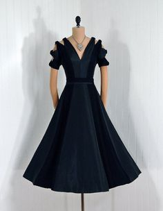 Evening Dress, Pattullo Jo-Copeland: 1950's, silk taffeta and crepe.
