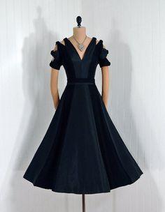 Evening Dress, Pattullo Jo-Copeland: 1950's, silk taffeta and crepe.