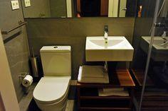 Bathroom The8