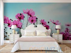 Fototapeta z Różowymi kwiatami na łące