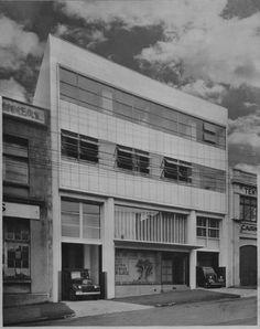 auckland Glass building