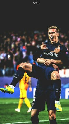 I really want to be hugging him like that, or, if the guy holding him can keep him there, my face underneath him licking his taint and arse Madrid Football, Football Is Life, Football Soccer, Soccer Guys, Antoine Griezmann, Psg, Fifa, Super Bowl, At Madrid