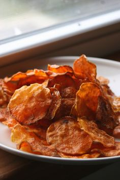 Raw Crispy Sweet Potato Chips  ....
