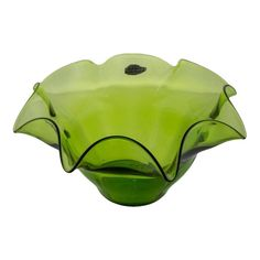 Vintage green fluted fruit bowl by Blenko. Very good vintage condition Decorative Objects, Decorative Bowls, French Antiques, Vintage Antiques, Frog House, Blenko Glass, Long Island City, Antique Glass, Vintage Glassware