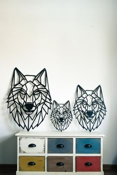 Wolf head wall art - Wooden laser cut decor - spirit animal - nursery art - living room design - home decor - polygonal animal - wood gift Mirror Wall Art, Metal Wall Art, Wood Wall, Animal Nursery, Nursery Art, Living Room Art, Living Room Designs, Wall Stickers Vector, Geometric Wolf
