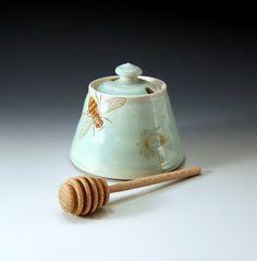 Honey pot  green glaze with bees buzzing by emilymurphy on Etsy, $45.00