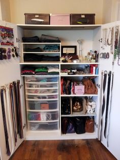 How to organize A Small Bedroom Closet - Interior Paint Colors 2017 Check more at http://www.freshtalknetwork.com/how-to-organize-a-small-bedroom-closet/