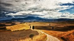 jakobsweg felder berge wandern landschaft pilgern