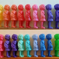 A rainbow of Clonette dolls via leschineriesdemamanky on Instagram Antique Dolls, Vintage Dolls, Pop Art Colors, African Dolls, Tatty Devine, Wooden Figurines, Plastic Doll, Candle Molds, Retro Toys