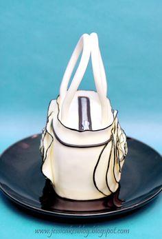 Jessicakes - handbag cake