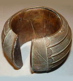 Ivory Coast | Bracelet from the Baule people | Copper alloy | Est. 70 - 200 € ~ (Dec '14)