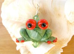 Tree Frog Lampwork Bead Pendant by SUZOOM on Etsy, 16.00