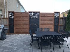 balcony privacy screen Aluminum decorative panel for privacy screening, fencing panel or simply for hanging on a wall for some added decor. The Watered Edge specializes in cus Garden Privacy Screen, Privacy Fence Designs, Privacy Fence Decorations, Privacy Deck Walls, Backyard Patio Designs, Backyard Fences, Patio Decks, Garden Fence Art, Diy Fence