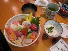 kaisendon, japanese sashimi rice bowl