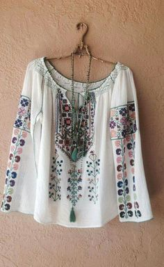 Romanian inspired bohemian Hand embroidered Peasant top with colorful tribal design organic cotton Bohemian Mode, Bohemian Gypsy, Hippie Chic, Hippie Style, Bohemian Style, Boho Chic, Boho Outfits, Cute Outfits, Boho Fashion