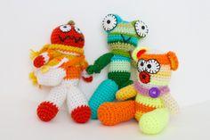 ✿★ Kawaii ✝☯★☮ Mes créatures de laine : bonhomme citrouille, grenouille et ours CocoFlower workplace - crédits photos : Josephine Docena - www.parisianloca...