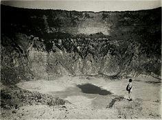 Kawah Ratu (Koninginne krater, 300 meter diep), Bandung, Java, Indonesië (1919-1930)