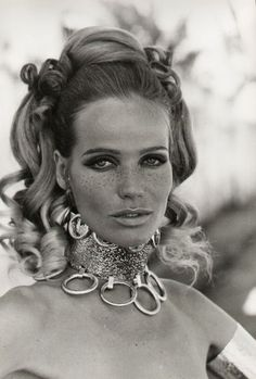 Photographer Franco Rubartelli shot this iconic portrait of model Veruschka on location in Egypt for the April 1967 Vogue. Description from pinterest.com. I searched for this on bing.com/images