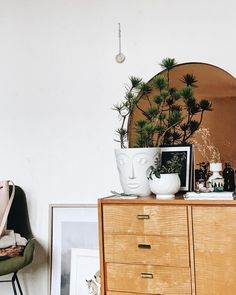 "2,425 Likes, 16 Comments - Jules Villbrandt (@herz.und.blut) on Instagram: ""Morning view! #interior #interiorinspo #altbau #sideboard #interiorblogger"""