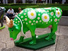 Vache N°140 - Le Goût du Naturel (Jean Pierre Aldebert) by tarnouche, via Flickr