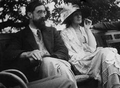 Lytton Strachey and Virginia Woolf in 1923. #virginiawoolf