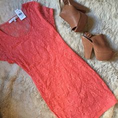 Lovers + Friends Dress New with tags, perfect condition. Peach colored bodycon dress. Flattering and true to size. Perfect for spring!  Lovers + Friends Dresses Mini