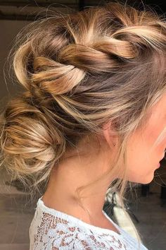 More click [.] Classic Bridal Wedding Hairstyles Ideas Inspire Big Day Vintage 2018 Wedding Hair Trends The Ultimate Wedding Hair Styles Of 2018 Tania Maras 2018 Wedding Hair Trends The Ultimate Wedding Hair Styles Of 2018 Updo Hairstyles Tutorials, Plaits Hairstyles, Hairstyles Haircuts, Cool Hairstyles, Hairstyle Ideas, Blonde Hairstyles, Updos With Braids, Famous Hairstyles, Side Braids