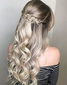Most recent Photo Dutch Braid Tutorial for 2019 Latest Season A Dutch braid has much in common. Style Dutch Braid Tutorial for 2019 Latest Season A Dutch braid has much in common with French braids French Braid Hairstyles, Romantic Hairstyles, Diy Hairstyles, Hairstyle Ideas, French Braids, Ponytail Hairstyles, Hair Ideas, Dutch Braids, Teenage Hairstyles