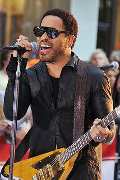 Lenny Kravitz -- still got it.