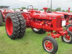 Farmall H with duals